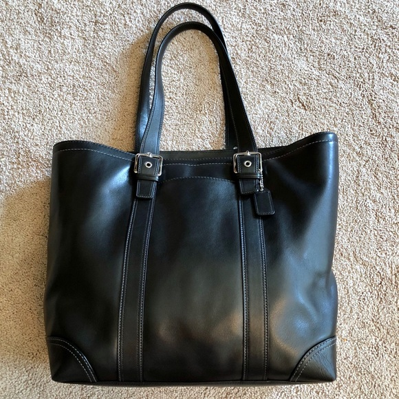 Coach Handbags - Coach Large Black Leather Tote 7e738f4c3c965